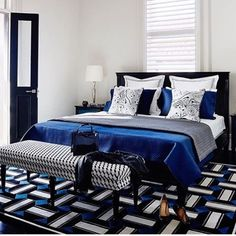 @ alwaysperfectsheet - Cruising into the weekend like....OH YEAH!!! So ing this blue room!!! Do you blue?? Totally feeling it! Mix modern and classic to make a room that is so now. Quilts instead of comforters are a cool choice! Put those Always Perfect sheets on and you're good!!!! @gregnatale So gd!!! #feelingtheblue #lovethisroom #greatbedrooms #bedroomdecor #bedroomideas #bedroominspo #whatdoyoulike ? #blue #interiorstyle #interiordesign #interiors #love #getyoursheeton #...