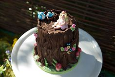 Enchanted Woodlands Party. The Cake