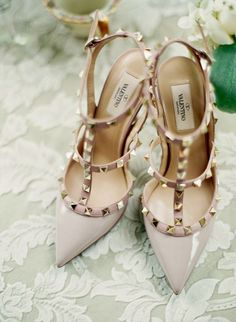 Ahh Valentino! These are the perfect nude heel with just a little bit of edge! Great for casual or dressy outfits.