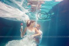 #Underwaterwedding #Postboda {Candi+Maria} #underwater #water #agua #blue #azul #Merida #Badajoz #Caceres #Extremadura #fotografosdeboda #emocionesysensaciones #MarquesadePinares #fotografosdeMerida #SensuumBoutique #Sensuumfotografos #love #weddingsession #weddingSpain #weddingPhtographer #FineArt #FineArtWedding #bride #underwaterPhotographer #boda #Meridaunderwater #MariayCandisecasan #wedding #Sensuumboutique #bodaExtremadura #lovewedding #Calamonte #LaGarrovilla #Esparragalejo…