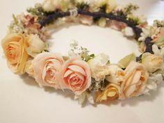 白・オレンジ・ピンクの花冠