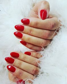 Red nails #nails #made by Christel Audenaerd