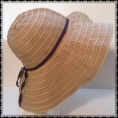 NWOT BEAUTIFUL/ QUALITY SUN PROTECTION D&Y COLLECTION BRINGS YOU HIGH QUALITY FOREVER TRENDING YES EVEN FOLDABLE PROTECTION FROM THE SUN!  THIS WONDERFUL HAT JUST WORKS WITH SOOO MANY OUTFITS FTOM DENMIN YO SWIMWEAR. READY SET. PURCHASE D& Y Accessories Hats