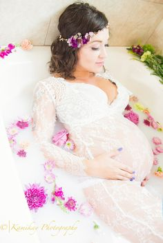 Maternity Milk bath Maternity Crown Maternity Dress {Seattle Maternity Photographer} - Kamikay…