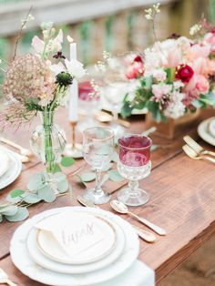 Photography: Kate Anfinson Photography - www.kateanfinson.com   Read More on SMP: http://www.stylemepretty.com/2015/05/19/romantic-garden-party-wedding-inspiration/