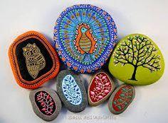 Resultado de imagem para pintura pedras bichinhos