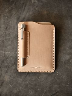 """""""Dante"""" natural vegetable tanned handmade leather Field Notes and Moleskine Sleeve"""