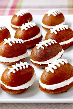 The pigskin has nothing on these canned pumpkin-based game-day snacks. You'll score big at your next tailgate or viewing party with pumpkin whoopie pies with buttercream frosting. #superbowlrecipes #appetizers #tailgaterecipes #fingerfoods #apps #bhg Football Party Foods, Football Food, Football Cakes, Football Parties, Mini Desserts, Easy Desserts, Dessert Recipes, Bhg Recipes, Fall Recipes