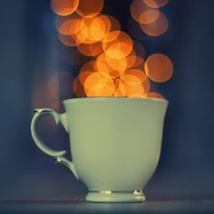 bokeh, great effect with the coffee cup