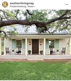 Charming Texas Farmhouse Curb Appeal - Southern Living We can't help slamming on the brakes when we spy picturesque curb appeal. See why we love the look of this Texas farmhouse and get inspiration for your own home. Texas Farmhouse, Farmhouse Front Porches, Farmhouse Style, Rustic Farmhouse, Country Style, Farmhouse Design, Small Farmhouse Plans, Farmhouse Trim, Country French