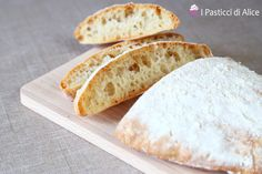 Ciabattine Bread are very easy to prepare and they are also very good! They look and taste as professional baked bread! You can realise them with no effort!