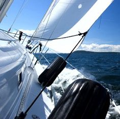 Hunter Sailboat Owners Store and Forum