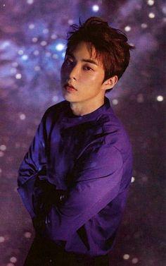 "Don't be afraid he love is he way🍁Exo — seokminseok: ""you shine like the stars, you. Kim Minseok Exo, Exo Ot12, Baekhyun Chanyeol, Park Chanyeol, Exo Lockscreen, A4 Poster, Xiuchen, Exo Korean, Kim Min Seok"