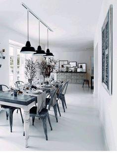 The warm and inviting Danish home of Henrik Hemmingsen (Fil de Fer) in monochrome. #white #diningroom. Photo - Martin Solyst.
