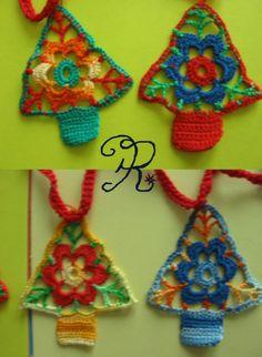 #uncinetto #ghirlanda sopraporta natalizia #crochet #garland #grannysquare