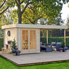 backyard studio is usually a shed or granny flat you put to good purpose by building or renovating it to serve as a studio. A backyard studio can be a Outdoor Rooms, Outdoor Living, Outdoor Decor, Outdoor Office, Backyard Office, Indoor Outdoor, Outdoor Sauna, Shed Design, House Design