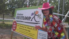FRUIT LOOPS START - Ready for my 1st Matakana Fruit Loops fundraising Walk-Run Event. Yes, I meant to wear this! Dressing up is part of the Fruit Loops Matakana summer fun. It looked like every Matakana resident was Fruit Looping this year plus some! More Matakana events…