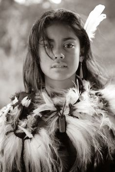 Maori Girl, Aotearoa, New Zealand, Creation is the blueprints of female energies… Native American Beauty, Native American History, American Indians, 3d Foto, Maori People, Foto Portrait, Interesting Faces, People Around The World, World Cultures
