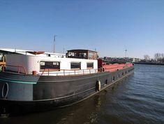 Woonschip te koop in Amsterdam, bij beëdigd makelaar Wirtz-Visser.