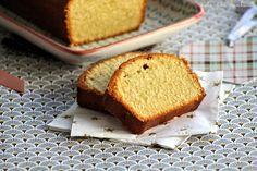 Cake moelleux au rhum & à la vanille Lolo et sa Tambouille Lolo, Un Cake, Beignets, Banana Bread, Desserts, Vanilla Sugar, Rum, Food Porn, Food