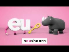 Leren lezen met Lijn 3 | Letterfilmpjes | De letter eu Abc For Kids, Learning Letters, Learn To Read, Pre School, Piggy Bank, Spelling, Language, Lettering, Teaching