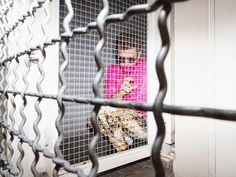 S02E02 <> www.hazbi.org Barocco + pink shirt + silk + silence + gold glasses + mixing genres + bold male fashion + opulence + opulent thinking + swiss fashion
