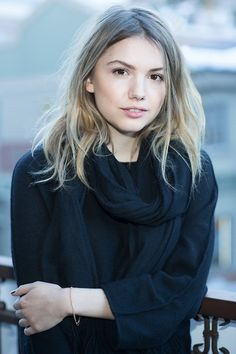 Explore the best Hannah Murray quotes here at OpenQuotes. Quotations, aphorisms and citations by Hannah Murray Hannah Murray, Emilia Clarke, Hair Inspo, Hair Inspiration, Cassie Skins, Pretty People, Beautiful People, Skins Uk, Female Images