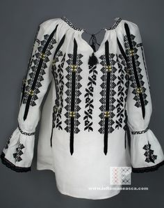 Peasant Blouse, Blouse Dress, Peasant Tops, Boho Fashion, Fashion Trends, Ethnic Fashion, Folk Costume, International Fashion, Embroidered Blouse