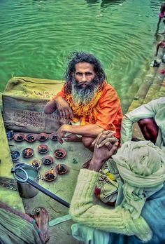 By the Ganges ❤ Reiseausrüstung mit Charakter gibt's auf vamadu.de
