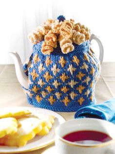 Love these colors!  http://promotions.drgnetwork.com/newsletters/creativeknitting/images/21102207/TeaCozy-lg.jpg