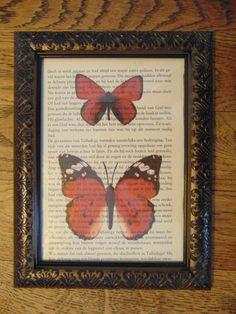 ingelijste print vlinders op boekpagina, wand decoratie, kinderkamer decoratie, babykamer decoratie, vlinder print, natuur print, vlinders door 2Bready op Etsy