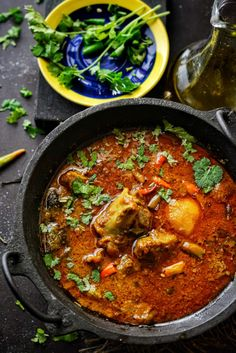 Railway Mutton Curry was a recipe developed by Indian chefs during British Rule and was served particularly to the first class passengers in train. Scottish Recipes, Turkish Recipes, Indian Food Recipes, Romanian Recipes, Ethnic Recipes, Roasted Fennel, Curry Recipes, Rice Recipes, Chicken Recipes