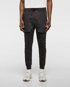 Image 2 of JOGGING TROUSERS WITH POCKETS from Zara