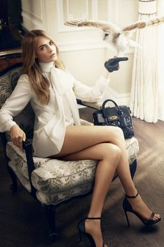 cara delevingne animals mulberry2 798x1200 Cara Delevingne Poses with Animals…