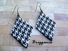 Beaded houndstooth earrings, striking! By Briggancs.
