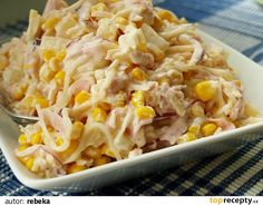 Cheesy Ham and Veggie Casserole - Good family meal that can also be a freezer meal. Brunch Casserole, Vegetable Casserole, Vegetable Salad, Raw Food Recipes, Pasta Recipes, Salad Recipes, Healthy Recipes, How To Cook Pasta, A Table