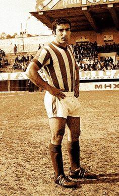 Γιώργος Σιδέρης Sports Games, Athlete, Passion, Football, History, Red, Style, Greek, Soccer