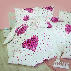 Posteľné obliečky Romance ružové sú vyrobené zo 100 % husto tkanej bavlny delux. Táto bavlna sa vyznačuje jemnosťou, trvácnosťou a vysokou gramážou. Hodia sa do každej spálne a potešia každého milovníka kvality a krásy. Comforters, Blanket, Bed, Home, Creature Comforts, Quilts, Stream Bed, Ad Home, Blankets