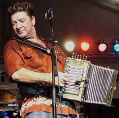 Wayne Toups~ the first Zydeco music I ever listened to.