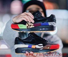 Nike Air Max 1 What The Black are popular for their unique design.The high quality Nike Air Max 1 What The which can give you a more comfortable feeling. Grasp this good chance to get a pair of such amazing sneakers. All Nike Shoes, Nike Shoes Cheap, Running Shoes Nike, Cheap Nike Trainers, Wholesale Nike Shoes, Shoe Boots, Women's Boots, Men's Shoes, Air Max Sneakers