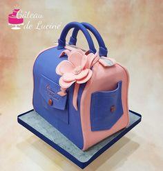 Jean bag 3D cake  by Gâteau de Luciné