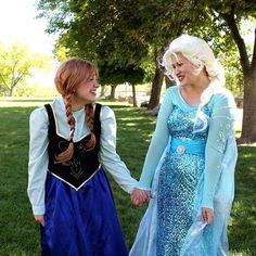 Anna and Elsa BFF's Halloween Costumes