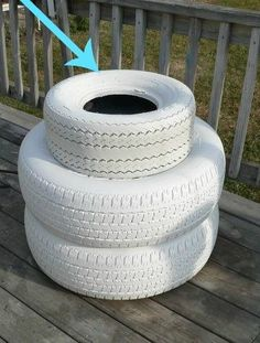 "HA! I never would have thought of doing this with old tires, but it is TOO darn cute!"" #diy #homedecor #crafts #howto #upcycle #upcycling #howtomake"