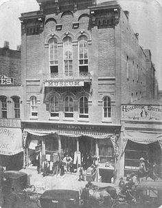 Crane's Museum of Freaks, Snakes & Whiskered Ladies, 14 Pearl Street - c. 1870