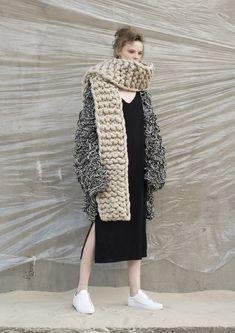 321367629 Dudzinska Chunki Scarf - Beige Knit Sweater Outfit