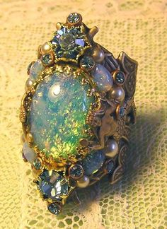 Beautiful mermaid ring - opal, pearls, aquamarine