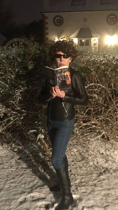 Enjoying reading in the snow as part of Reach For The Stars Reading Challenge homework when I got the call for a snow mission 📚🌈🌟🚁⛄️😎 Star Reading, Reaching For The Stars, Reading Challenge, Primary School, Homework, Challenges, Snow, Twitter, Elementary Schools