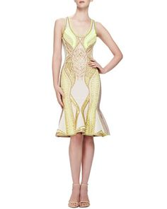 It's all about the color and details on this Herve Leger dress.