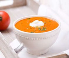 Zupa pomidorowa spod Szrenicy Cheeseburger Chowder, Thai Red Curry, Cantaloupe, Fruit, Ethnic Recipes, Food, Meal, The Fruit, Eten