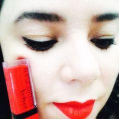 Batom de hoje, líquido, hot pepper da @bourjois.brasil coleção rouge edition velvet. Toque suave e macio, leve acabamento matte. #batom #batomliquido #bourjois #hotopepper #mattefinish #cosmetico #boca #labios #lipstick #lip #maquiagem #beleza #beauty #beaute #face #rosto #make #makeup